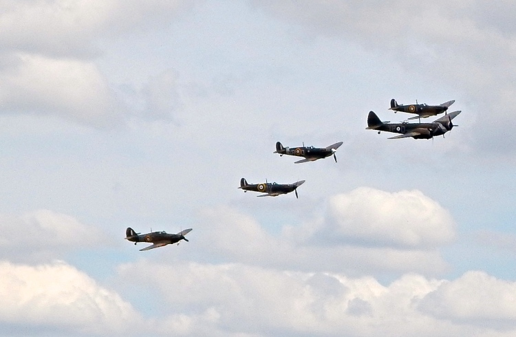 Impressive ! A Bristol Blenheim Mk1 in a flyover with 3 Spitfires and a Hurricane