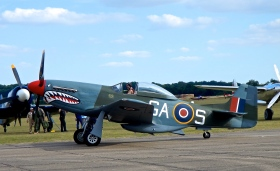 P51 Mustang idling by