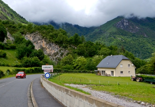 Road to Laruntz on the way to Lourdes