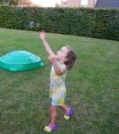 Noor chasing bubbles