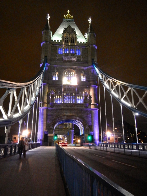 London's Tower Bridge at night