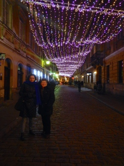 Jo and Krysia enjoying The cold (and the lights..)