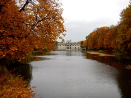 Looking up the lake to Łazienki Palace
