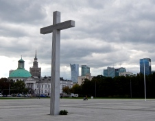 Cross on the site where Pope John Paul II said mass in June 1979 - Piłsudski Square