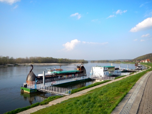 Winding Vistula river and funky riverboat