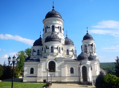 One of many beautiful orthodox churches