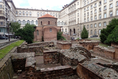 Roman Rotunda - now the St George church - the oldest preserved structure that still serves its purpose in Sofia. Initially built in the 4th century, it has been destroyed and rebuilt as a church, then turned into a mosque and now a church again!