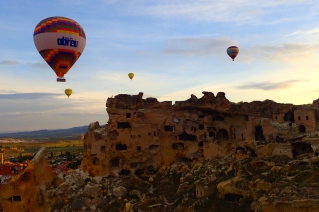 Ballooning above ancient grounds